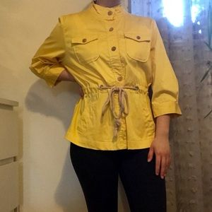 yellow jacket 💛